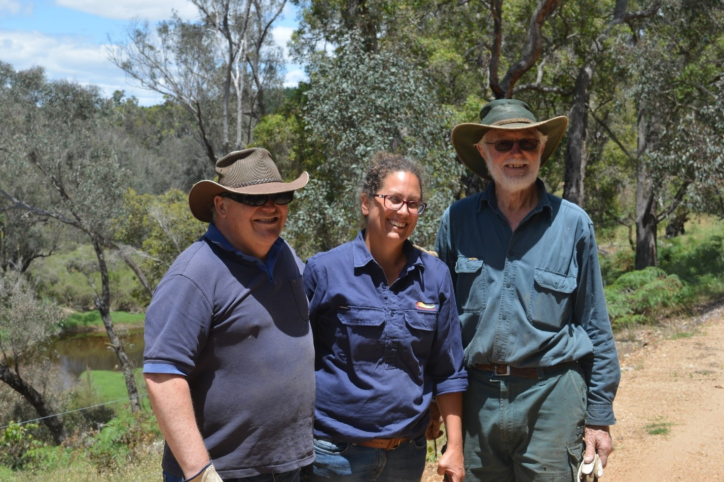 Landcare grants taking out weeds on Blackwood River